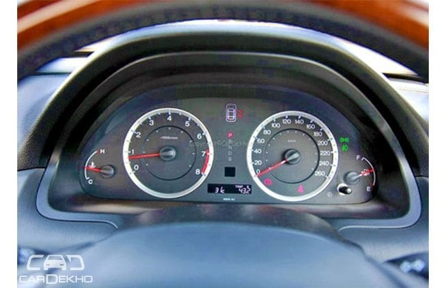 Honda Accord 2001-2003 Road Test Images