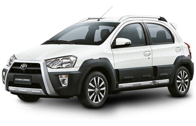 Toyota Etios Cross Dynamique (White)