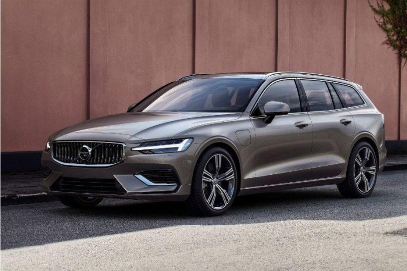 2019 Volvo V60 Previews New India Bound S60 Sedan Cardekho Com