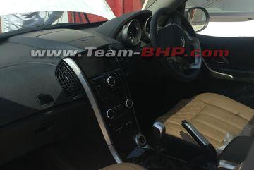 2018 Mahindra Xuv500 Facelift Interior Spied Cardekho Com