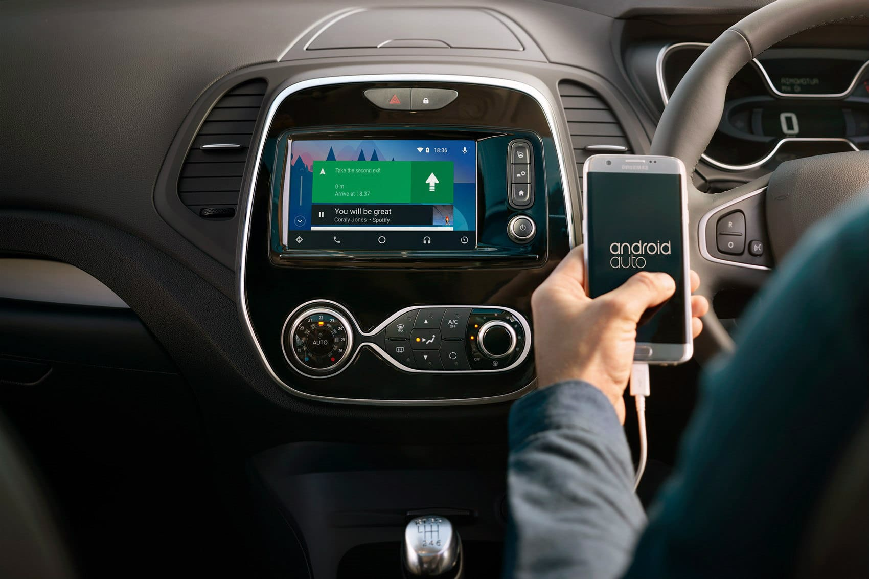 2019 Renault Duster, Captur Likely To Get Apple CarPlay, Android