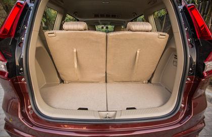 Maruti Suzuki Ertiga Old Vs New Which One Offers More Space