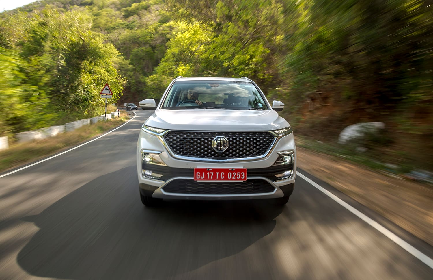 Mg Hector Will Get Bs6 Diesel Engine Update Likely To Be Priced