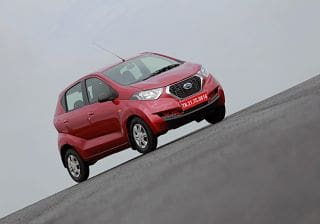 Datsun redi-GO 0.8L or 1.0L? Which one should you go for?