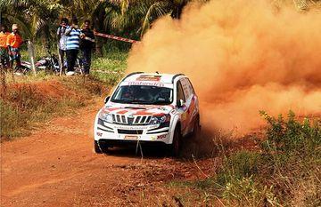 Team Mahindra Adventure registers 4th successive win at the 2013 INRC