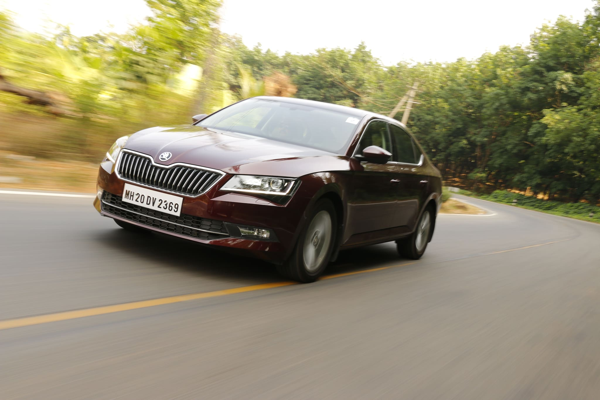 Own A Skoda Superb For Rs 17.51 Lakh... With A Small Catch!