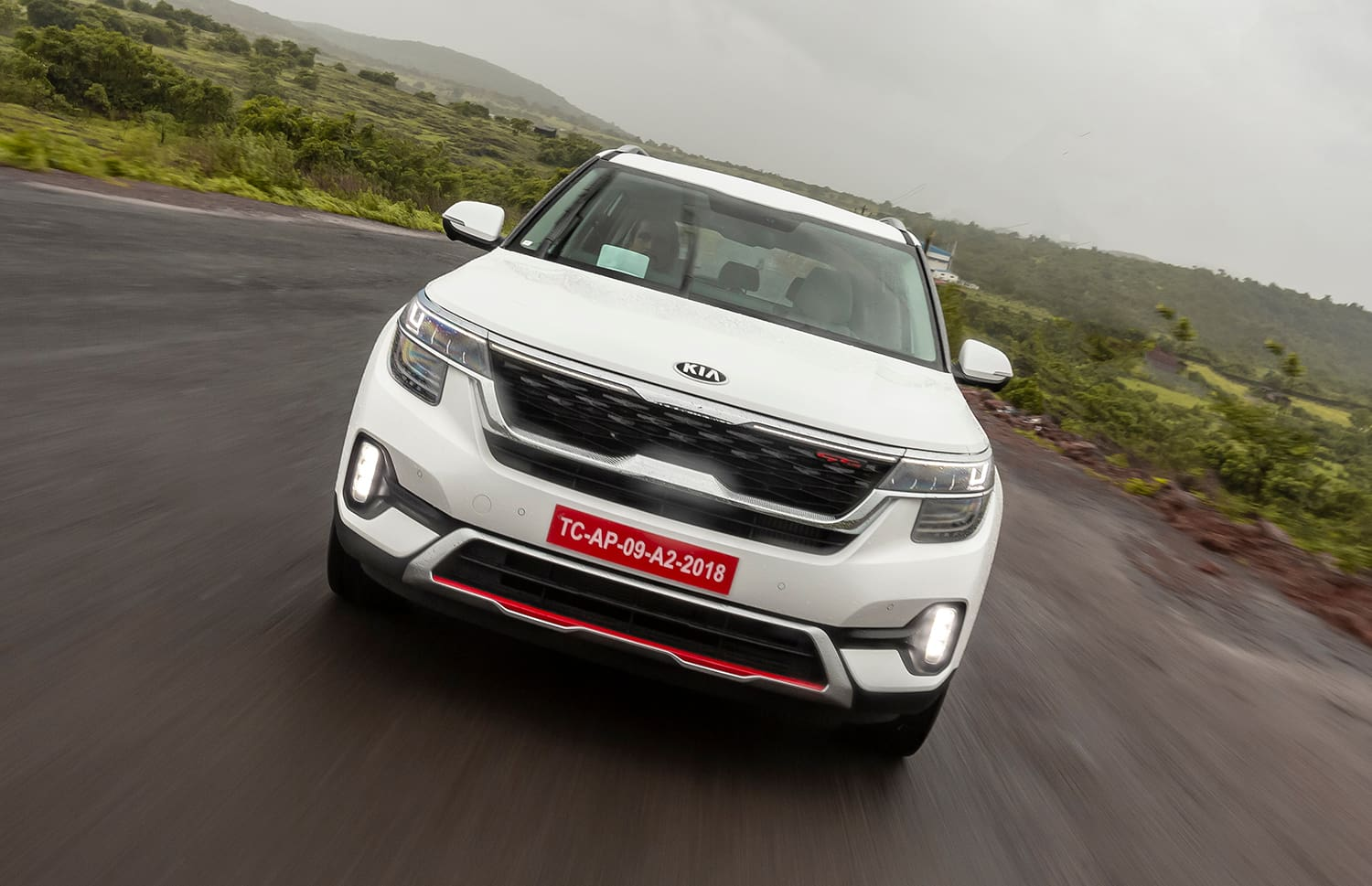Fully-loaded Kia Seltos GT-Line Diesel & Petrol Automatic Prices To Be Announced Soon