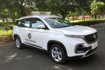 MG Donates One-Off Hector Ambulance To Vadodara Authorities