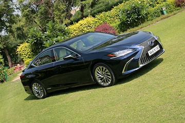 लेक्सस ईएस300एच : जानें डिज़ाइन के मामले में कैसी है ये कार