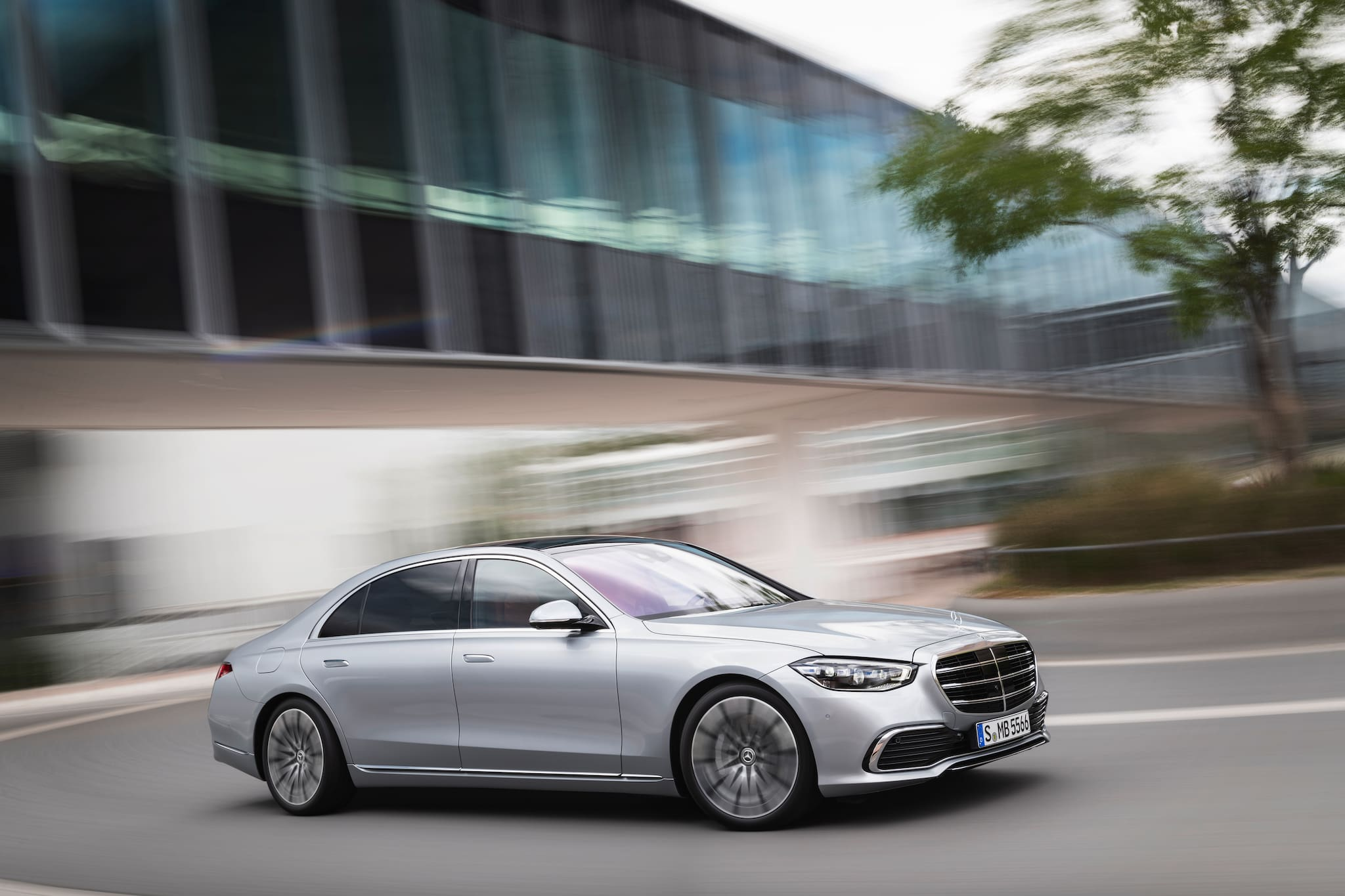 2021 Mercedes-Benz S-Class Unveiled: 5 Things To Know About The Luxury Sedan