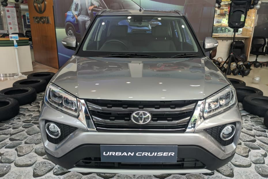 Toyota Urban Cruiser SUV Detailed In Pics