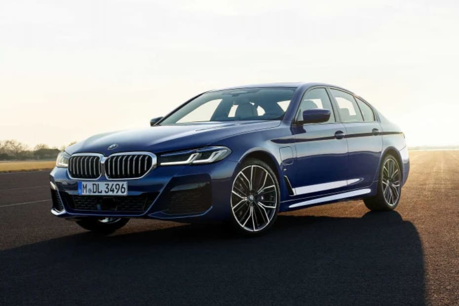Facelifted BMW 5 Series To Launch On June 24