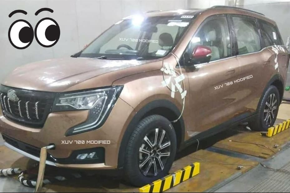 Mahindra XUV700 Spied Completely Undisguised!
