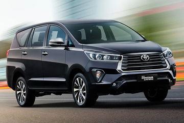 टोयोटा इनोवा क्रिस्टा हुई महंगी, 68,000 रुपये तक बढ़े दाम