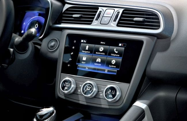2019 renault duster captur likely to get apple carplay android auto. Black Bedroom Furniture Sets. Home Design Ideas