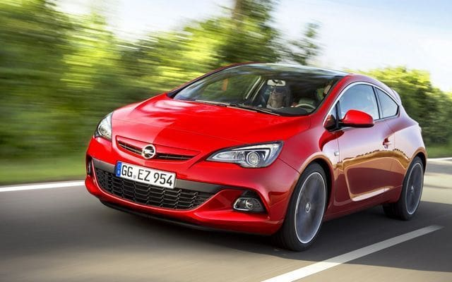 Opel to Reveal New Astra Sedan and Facelift Astra Range
