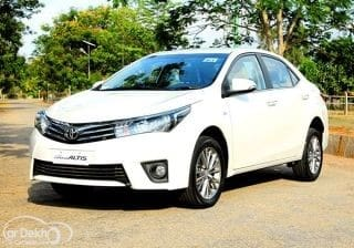 New 2014 Toyota Corolla Altis First Drive