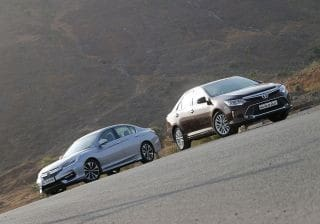Toyota Camry vs Honda Accord: Hybrid Comparison Review