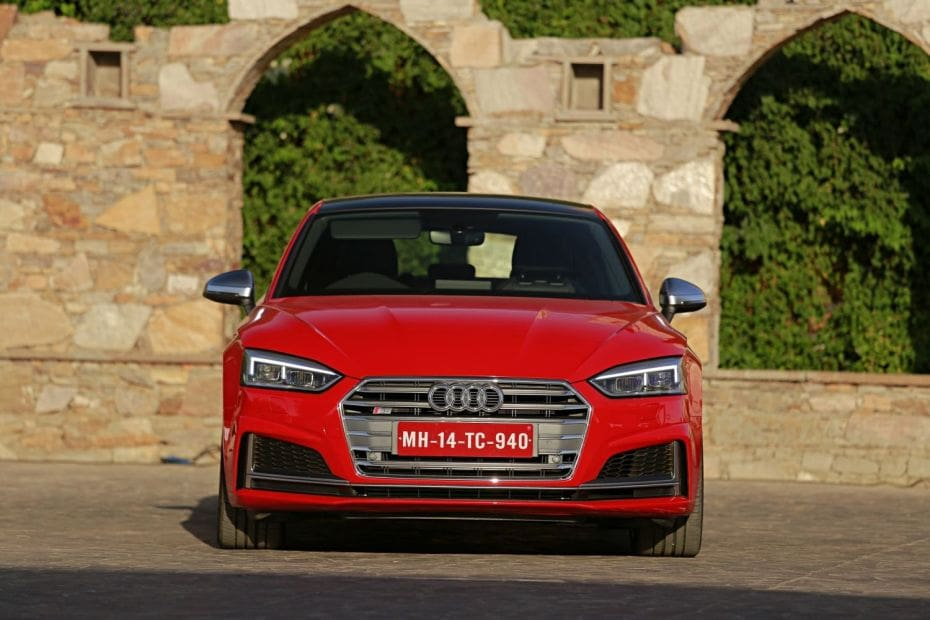 Audi S5 Road Test Images