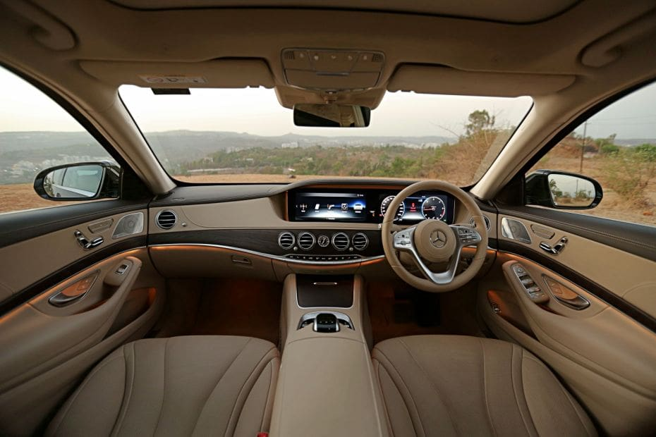 BMW 7 Series Road Test Images