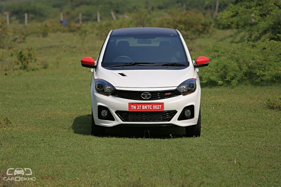 Tata Tiago 2016-2019 Road Test Images