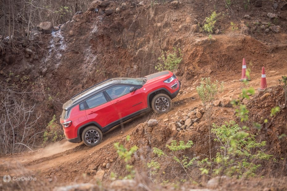 Jeep Compass 2017-2021 Road Test Images