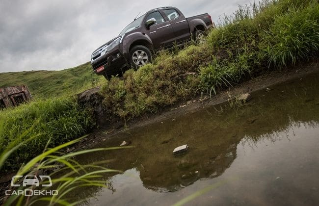 Isuzu D-MAX V-Cross 2015-2019 Road Test Images