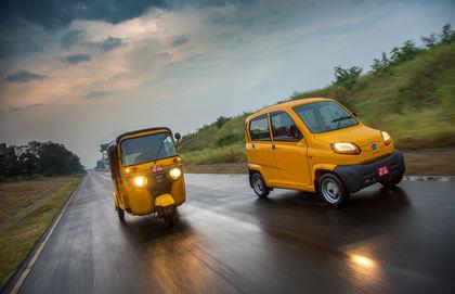 Bajaj Qute (RE60): First Drive Review | CarDekho com