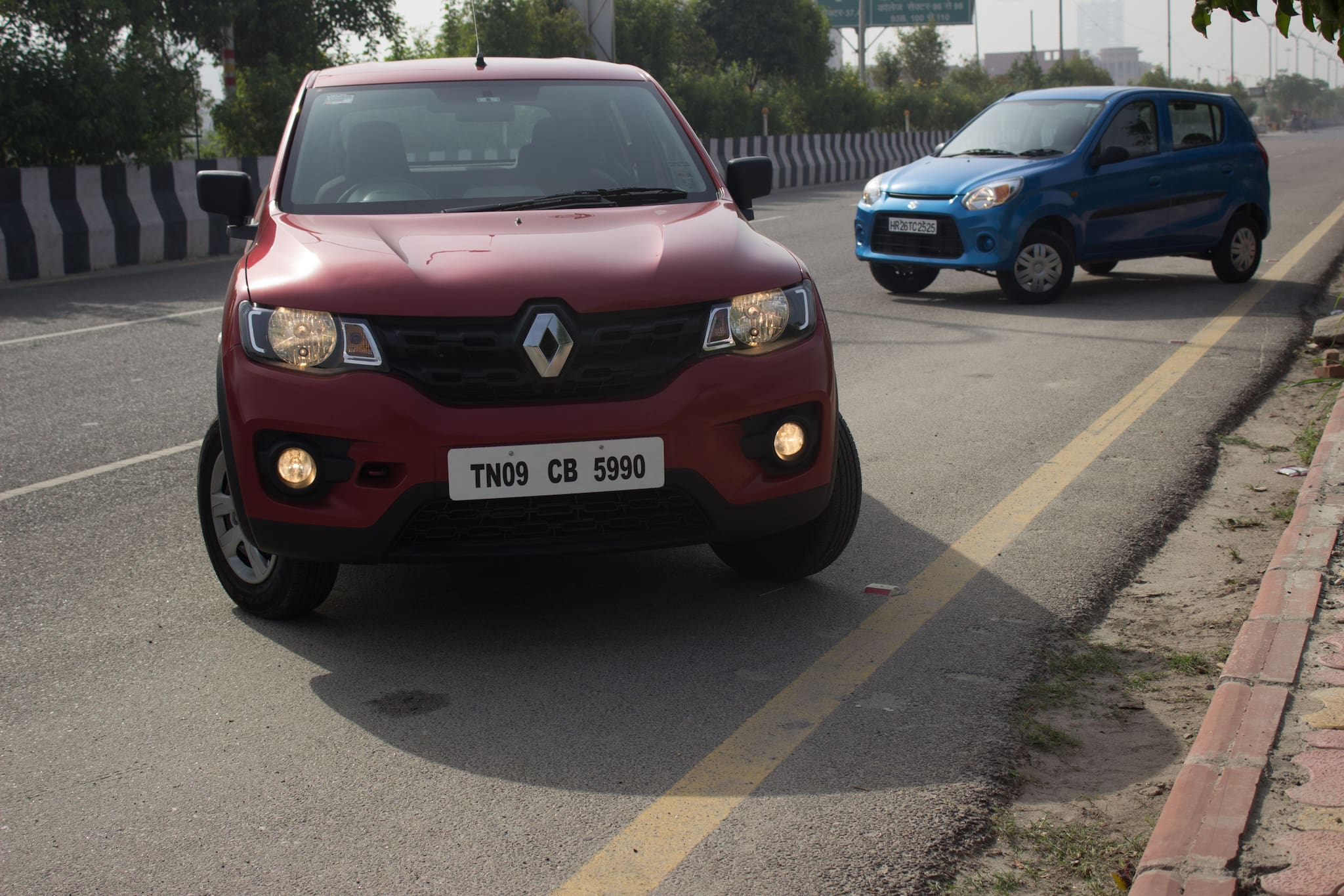 Maruti Suzuki Alto 800 vs Renault Kwid   Comparison Review