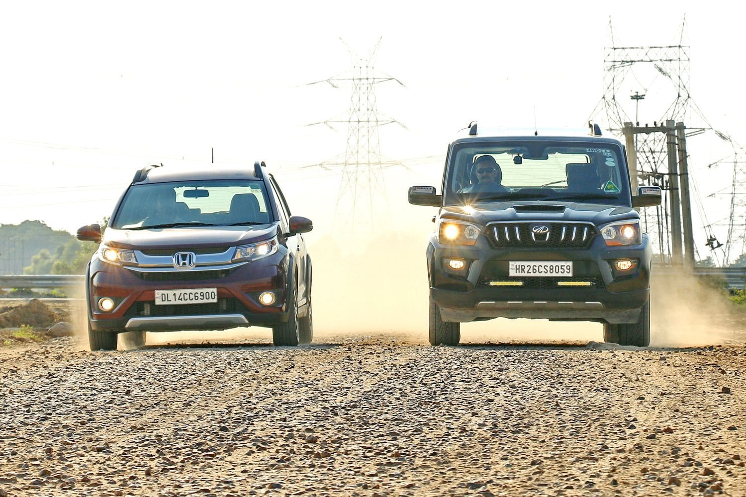 Honda BR-V vs Mahindra Scorpio: Comparison Review
