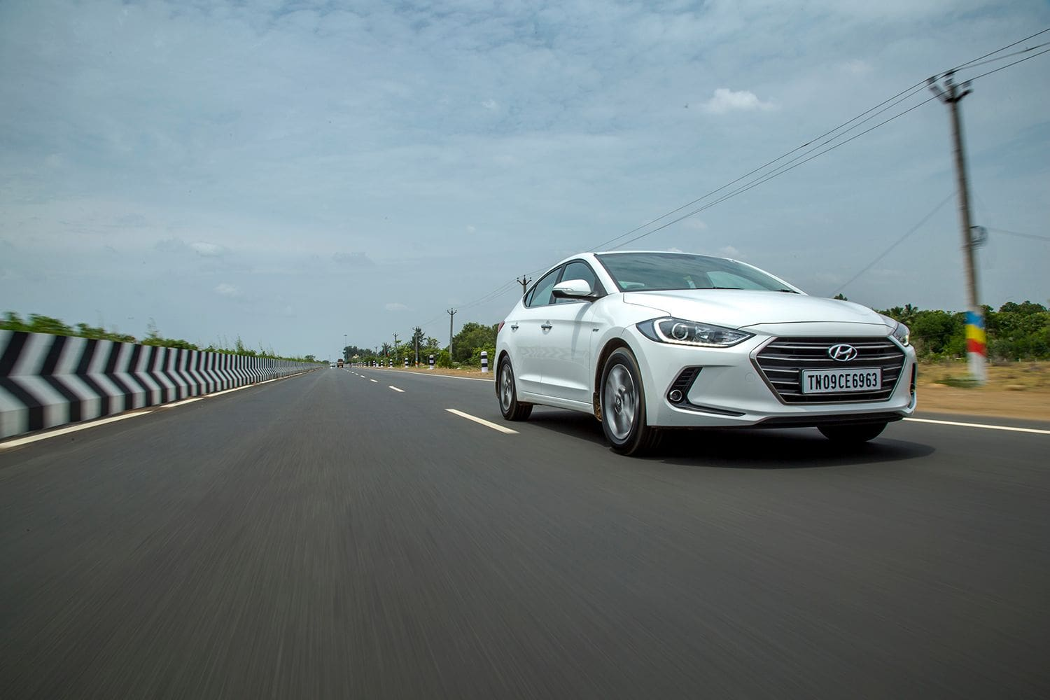 Hyundai Elantra : First Drive Review