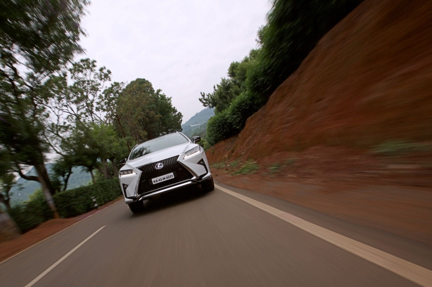 Lexus RX 450h: First Drive Review