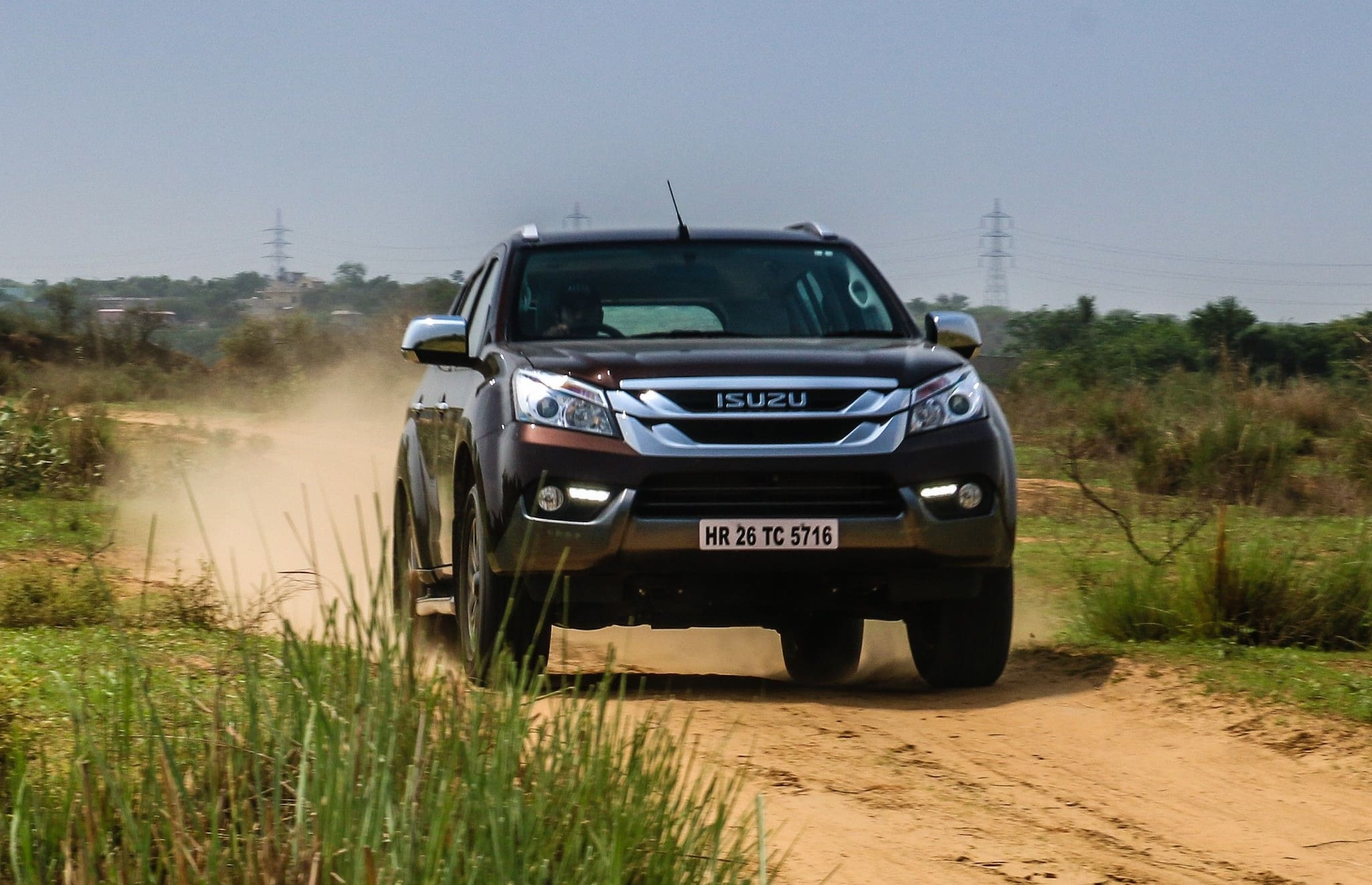 Isuzu mu-X 4x4 AT: Detailed Review