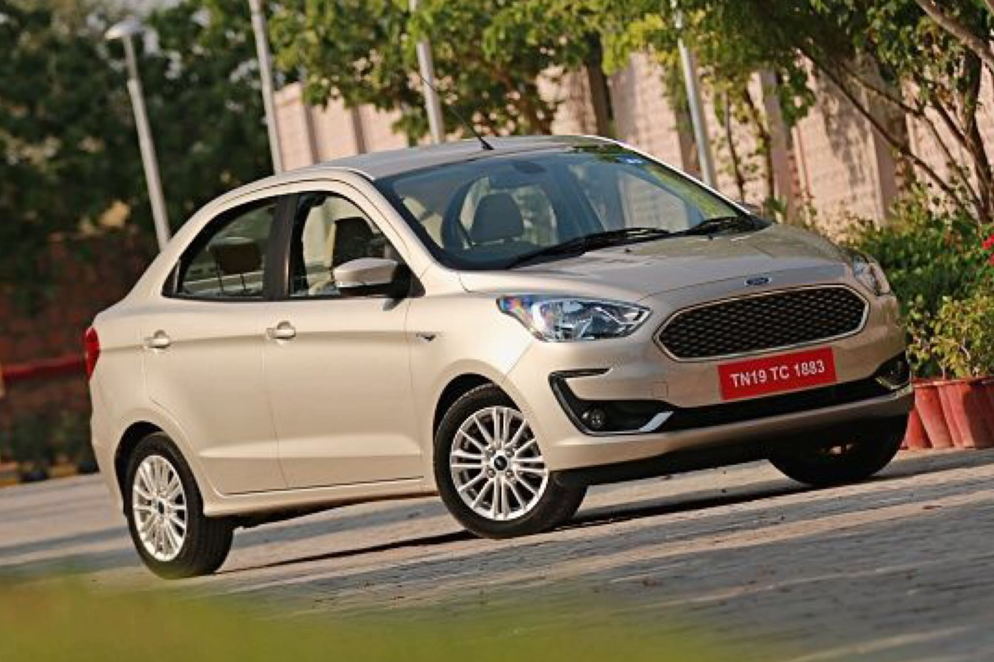 2018 Ford Aspire Facelift: First Drive Review