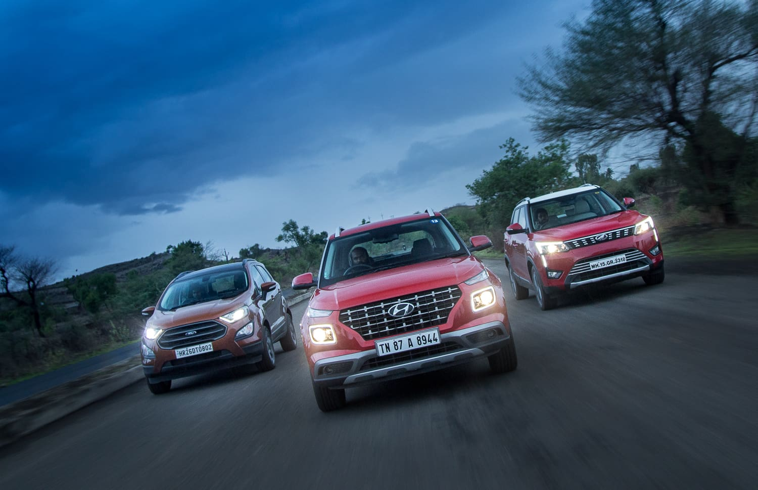 Hyundai Venue vs Ford EcoSport S vs Mahindra XUV300: Diesel Comparison Review