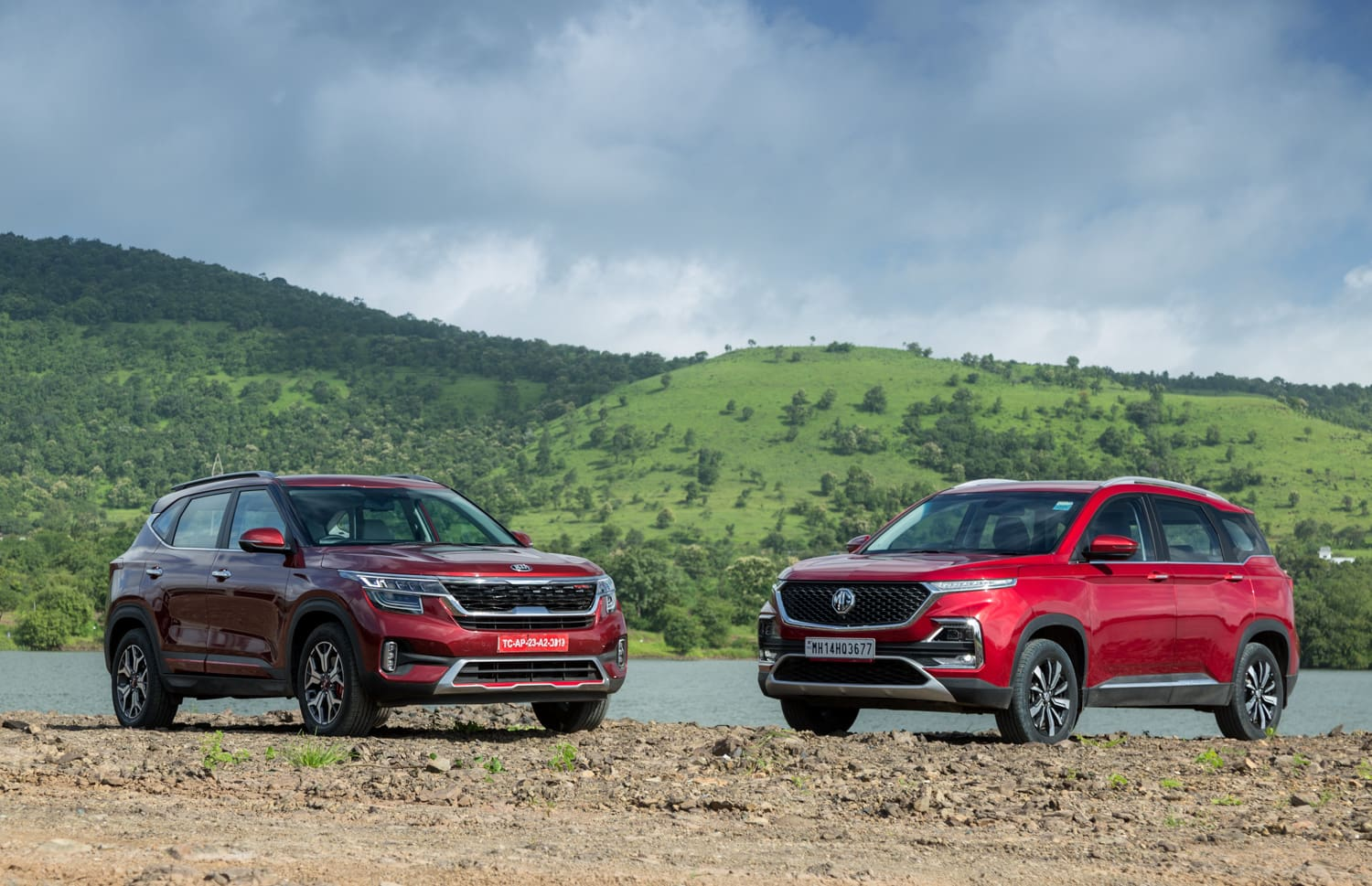 Kia Seltos vs MG Hector Real-world Comparison: Space, Comfort And Features