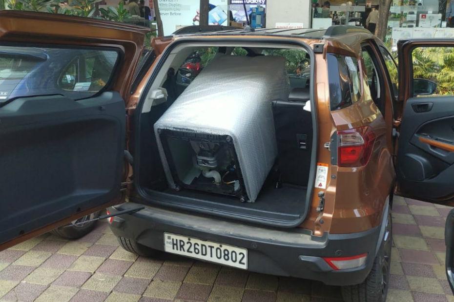 फोर्ड ईकोस्पोर्ट12,000 किलोमीटरलॉन्ग टर्म रिव्यू: नए घर में सामान सेट करने में मदद