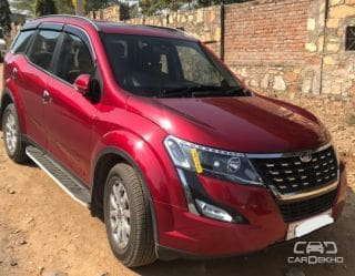 2018 Mahindra XUV500 W9 AT