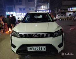 2019 Mahindra XUV300 W6