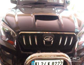 2015 Mahindra Scorpio S10 7 Seater