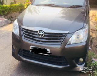 2013 Toyota Innova 2.5 G (Diesel) 8 Seater BS IV