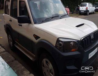 2015 Mahindra Scorpio S4 Plus 4WD