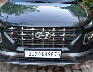 Hyundai Venue S Plus