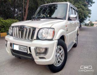 2013 Mahindra Scorpio VLX 2WD AT BSIV