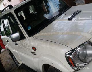 2014 Mahindra Scorpio VLX 4WD AIRBAG AT BSIV