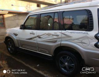 2017 Mahindra Scorpio S10 AT 4WD