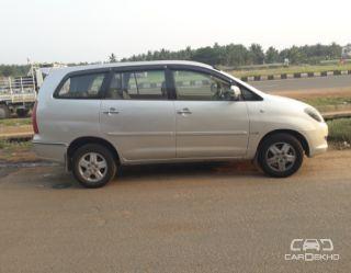 2005 Toyota Innova 2.0 V