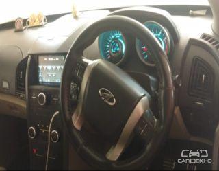 2015 Mahindra XUV500 AT W10 FWD