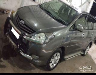 2010 Toyota Innova 2.5 GX 8 STR BSIV