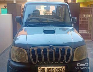2006 Mahindra Scorpio 2.6 SLX Turbo 7 Seater